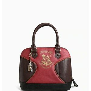 Harry Potter arm bag.